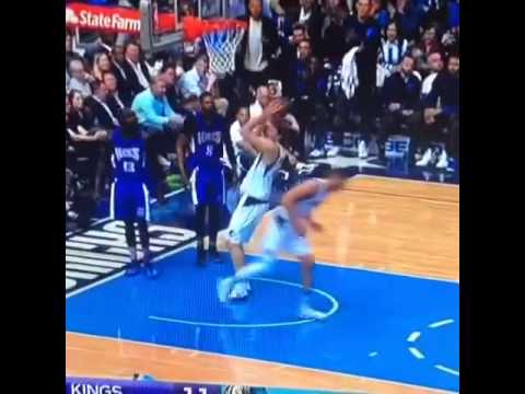Dirk Nowitzki gets stuffed by the rim on a dunk attempt
