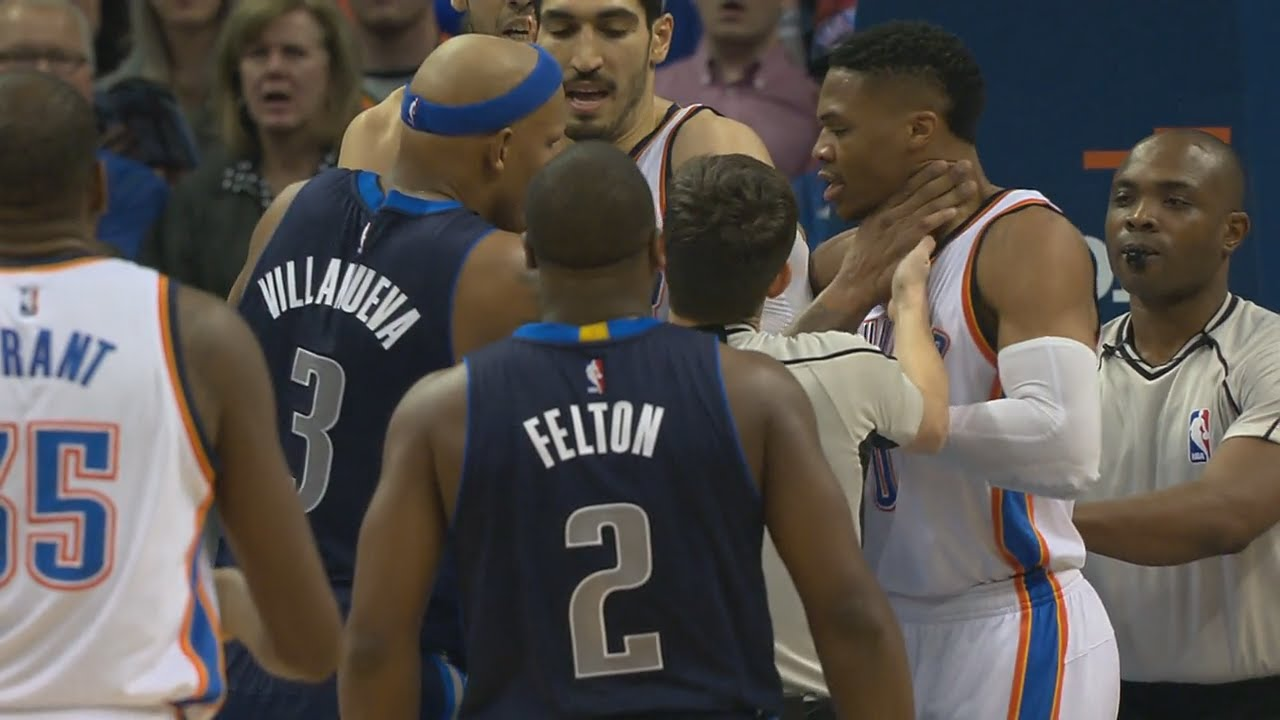 JJ Barea & Charlie Villanueva get into it with Russell Westbrook