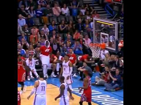 Russell Westbrook with a priceless reaction to Patrick Beverly's horrible shot