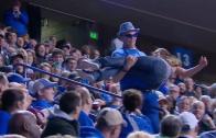 Dancing Kentucky fan drops girl during stunt gone wrong