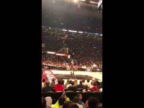 Fanatics View Exclusive: Zach LaVine dunk contest dunk from inside the Air Canada Center