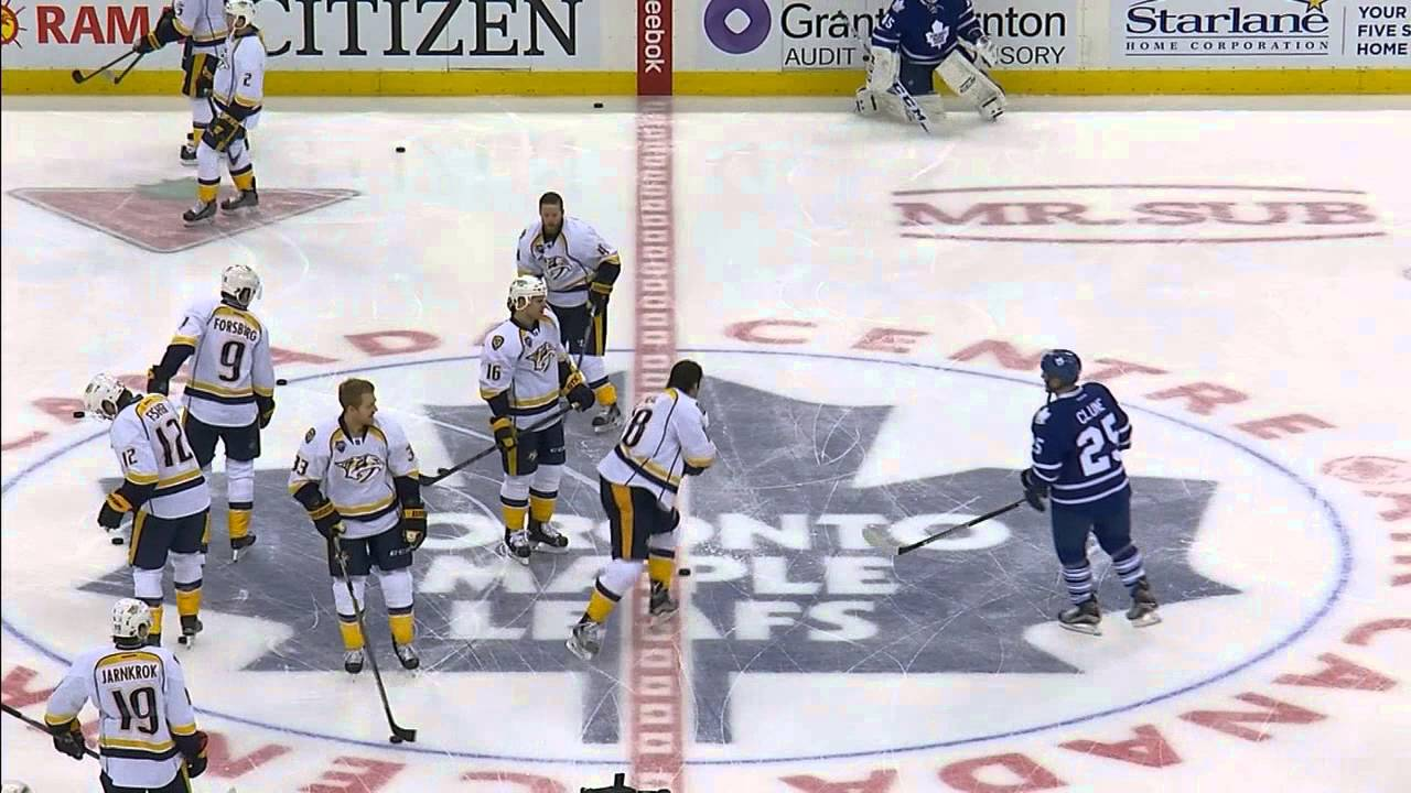 Maple Leafs & Predators get into it during warmups
