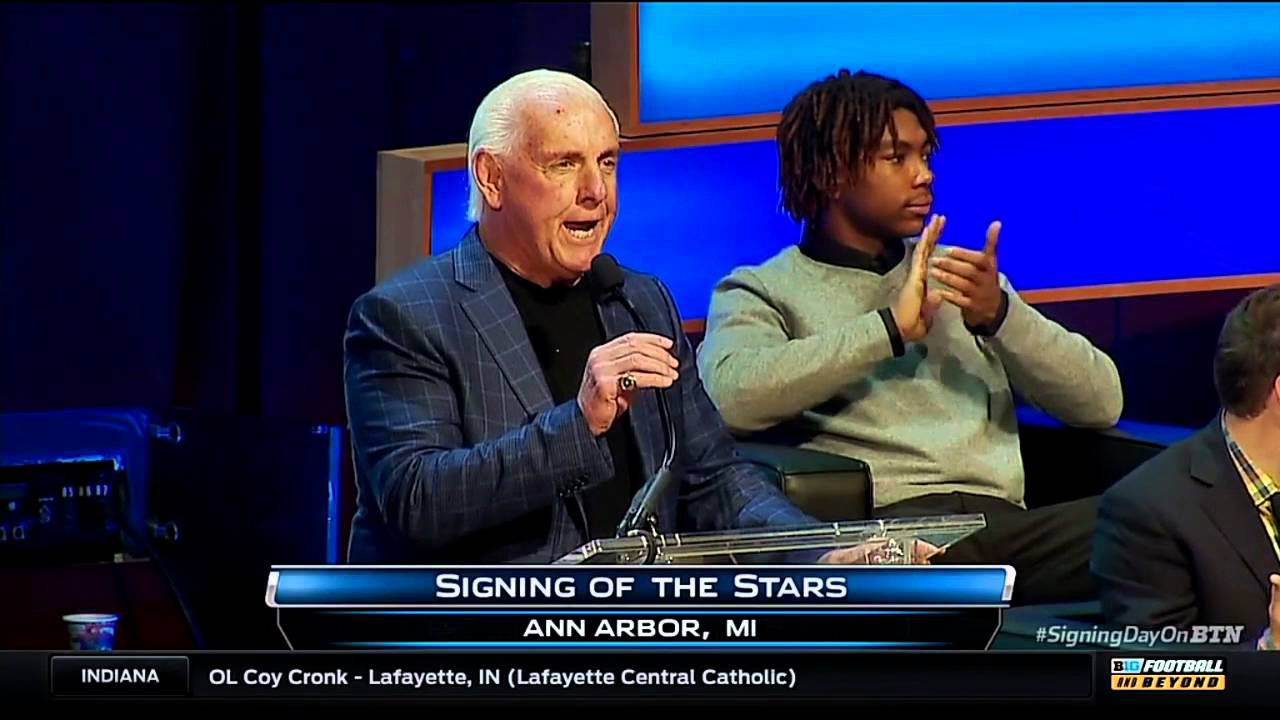 Ric Flair says he can't stand Ohio State & has no time for Michigan State