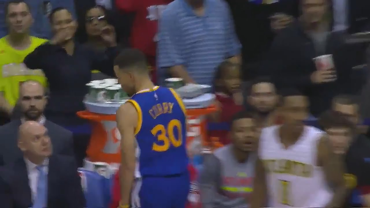 Stephen Curry shimmies in the faces of the Atlanta Hawks