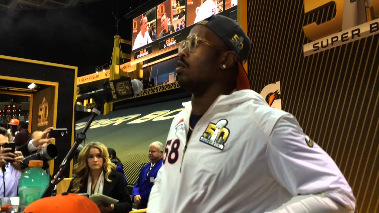 Von Miller lets potential recruits know it's