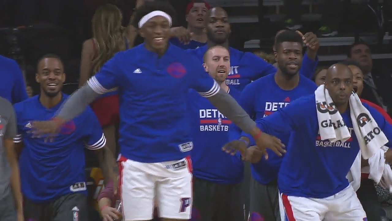 Andre Drummond tips in game winner for the Pistons