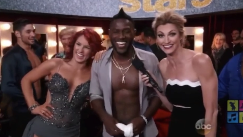 Antonio Brown makes a boner joke on Dancing With The Stars