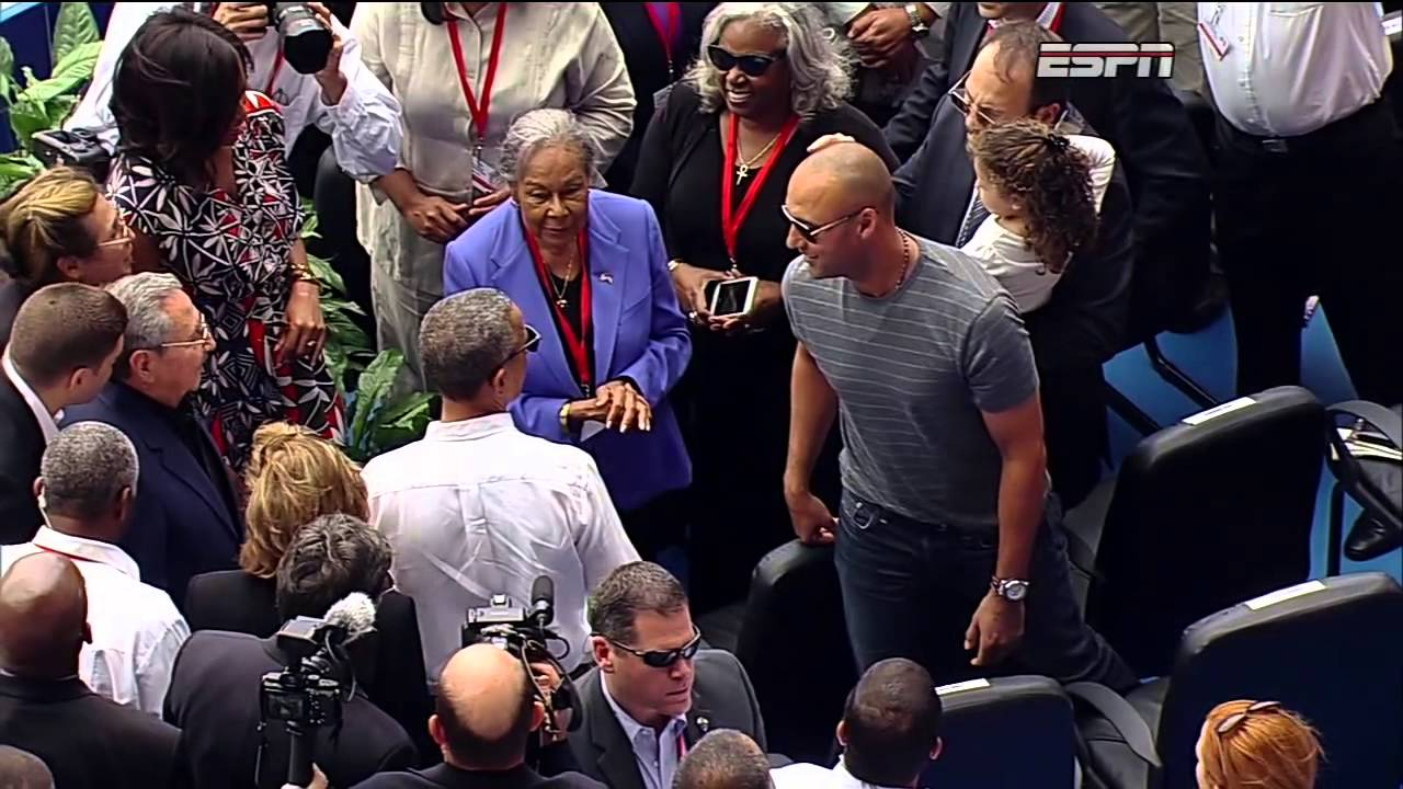 Derek Jeter greets President Obama at Rays game in Cuba
