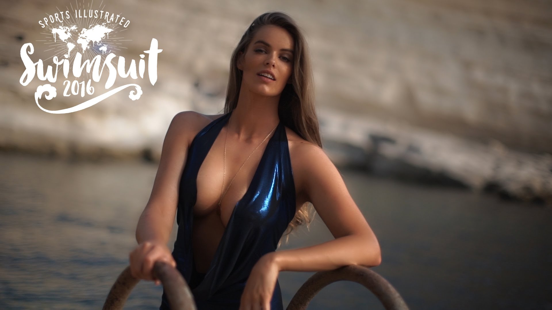 Dime View: Robyn Lawley behind the scenes SI Swimsuit 2016