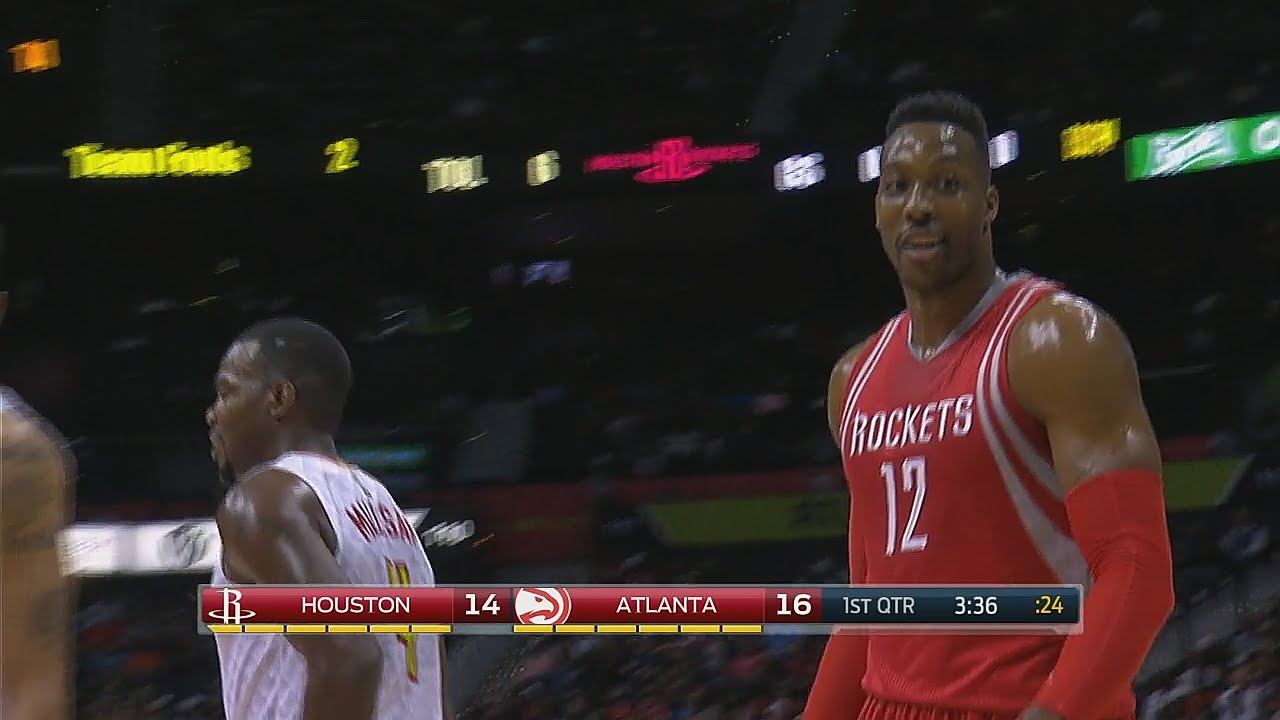 Dwight Howard caught using 'stickum' during game