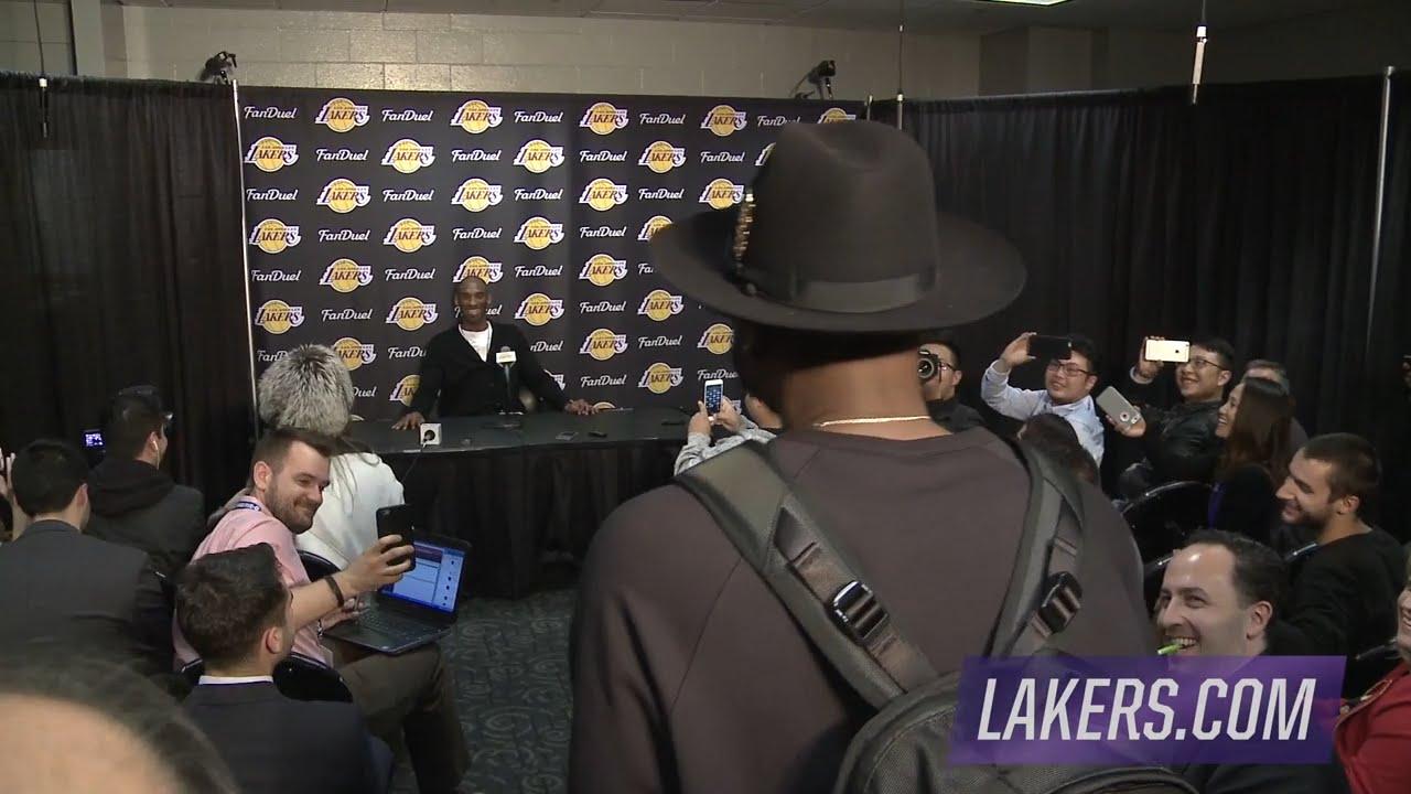 Dwyane Wade interrupts Kobe Bryant's post game presser