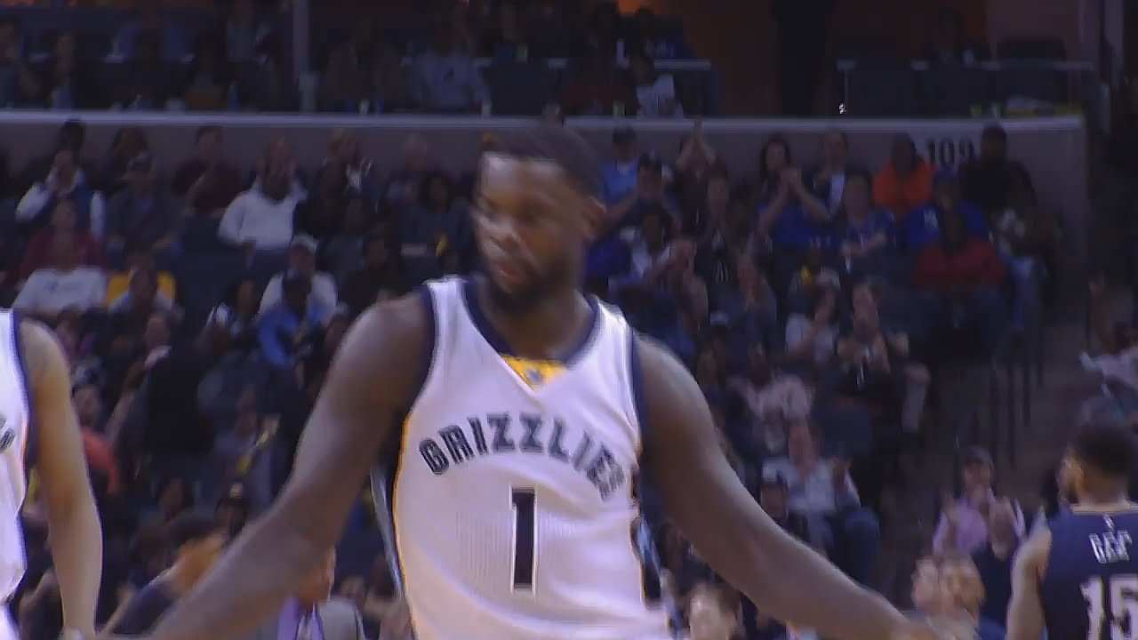 Lance Stephenson does the shimmy after shake & bake move