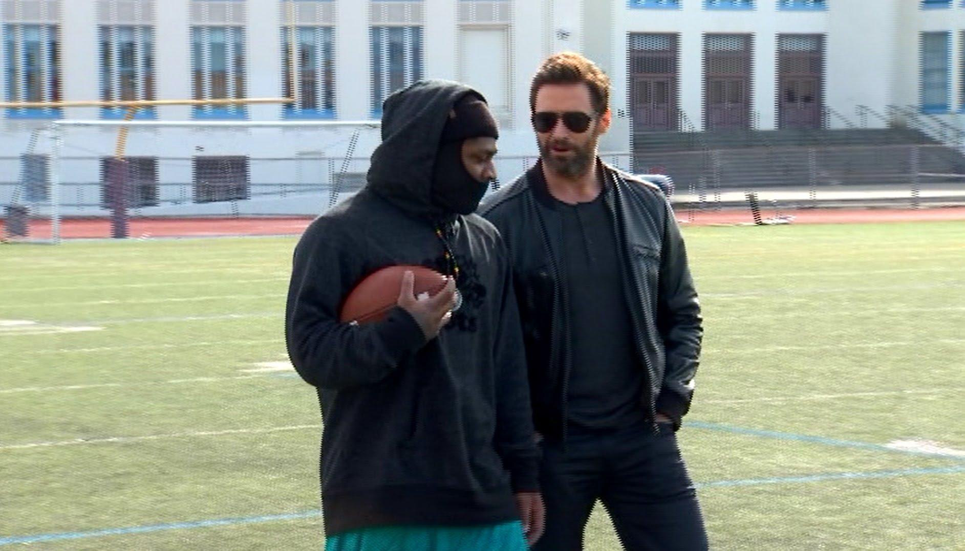 Marshawn Lynch vs. Wolverine in high school football drills