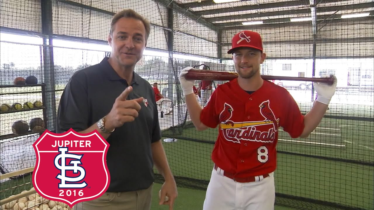 Mike Leake breaks down his approach as a hitting pitcher