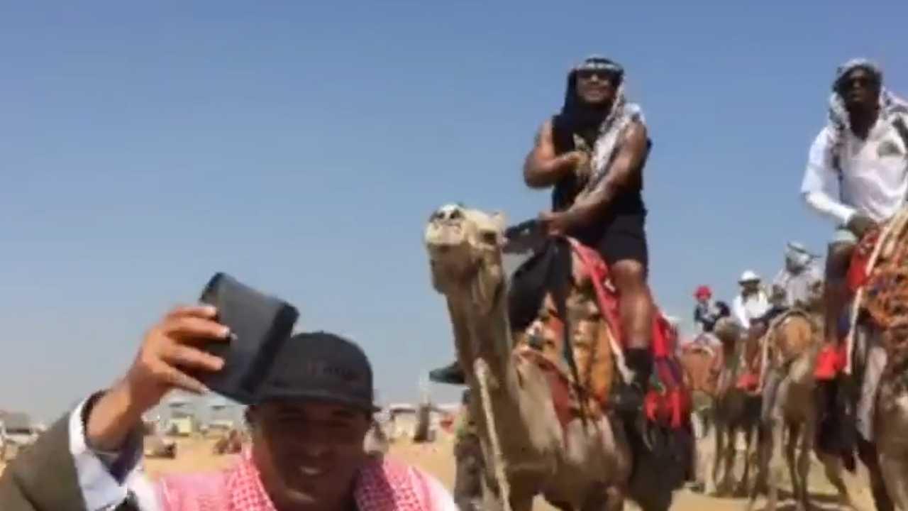 Marshawn Lynch enjoying life in Egypt by riding a camel