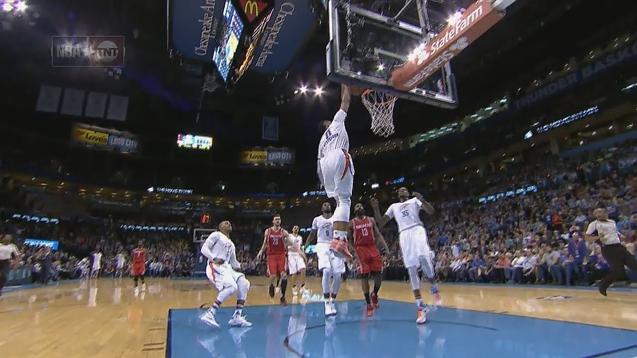 Russell Westbrook throws down the thunderous slam