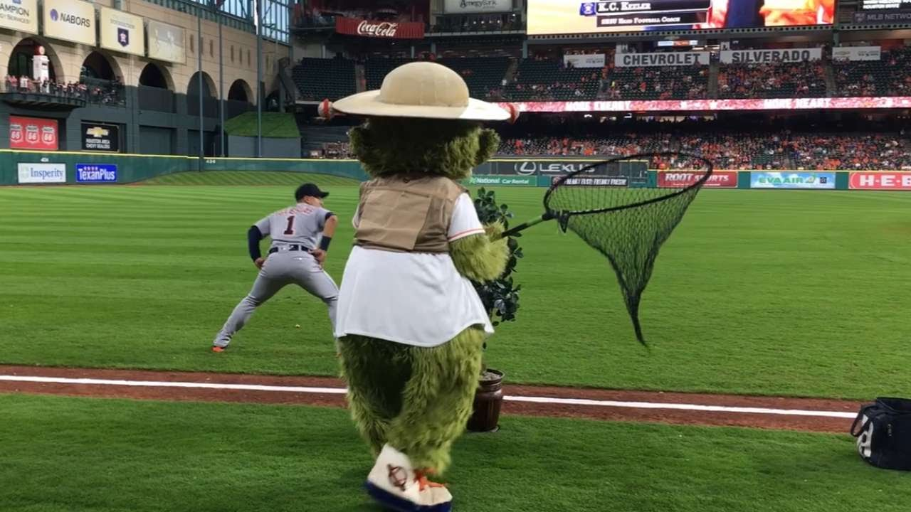 Astros mascot Orbit goes hunting for Detroit Tigers