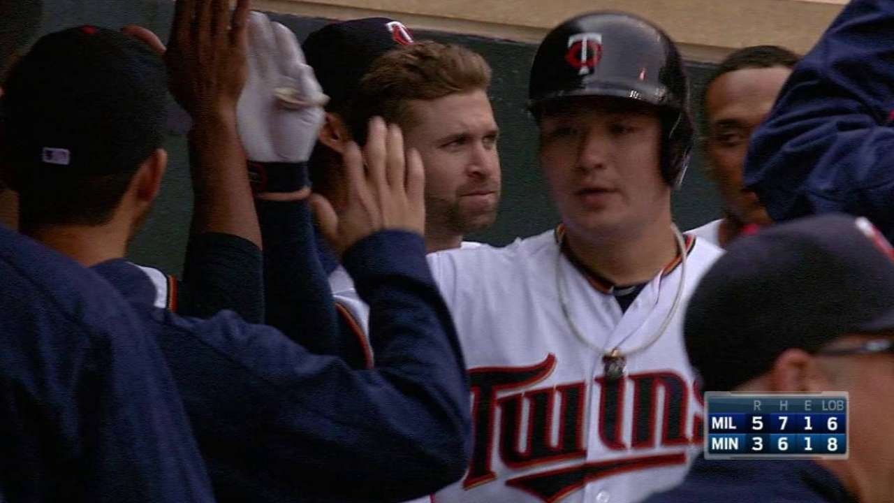 Byung Ho Park belts a solo shot for the Twins