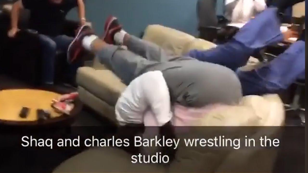 Charles Barkley & Shaq wrestle at the Inside The NBA studios