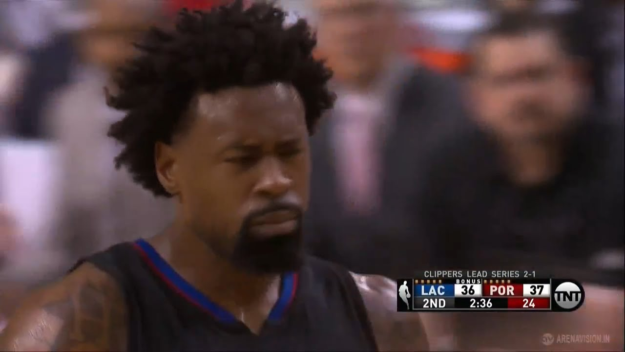 DeAndre Jordan airballs back to back free throw attempts