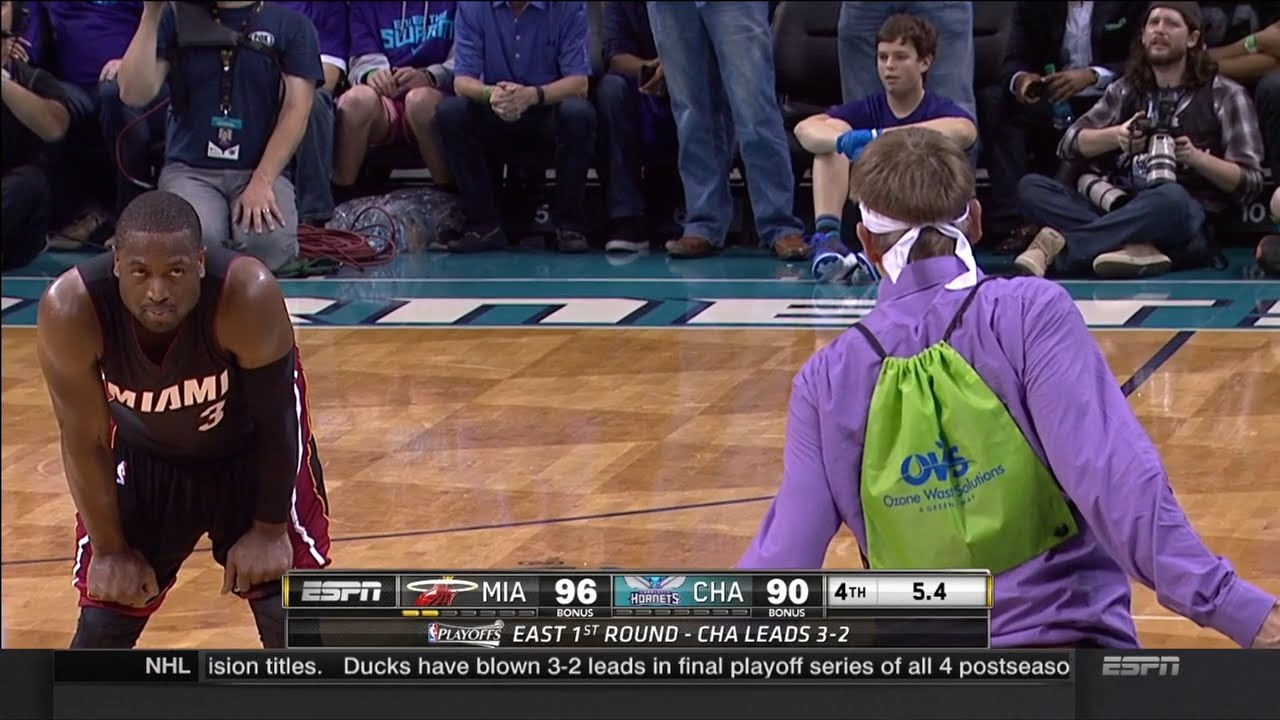 Dwyane Wade has epic stand off with Charlotte Hornets fan