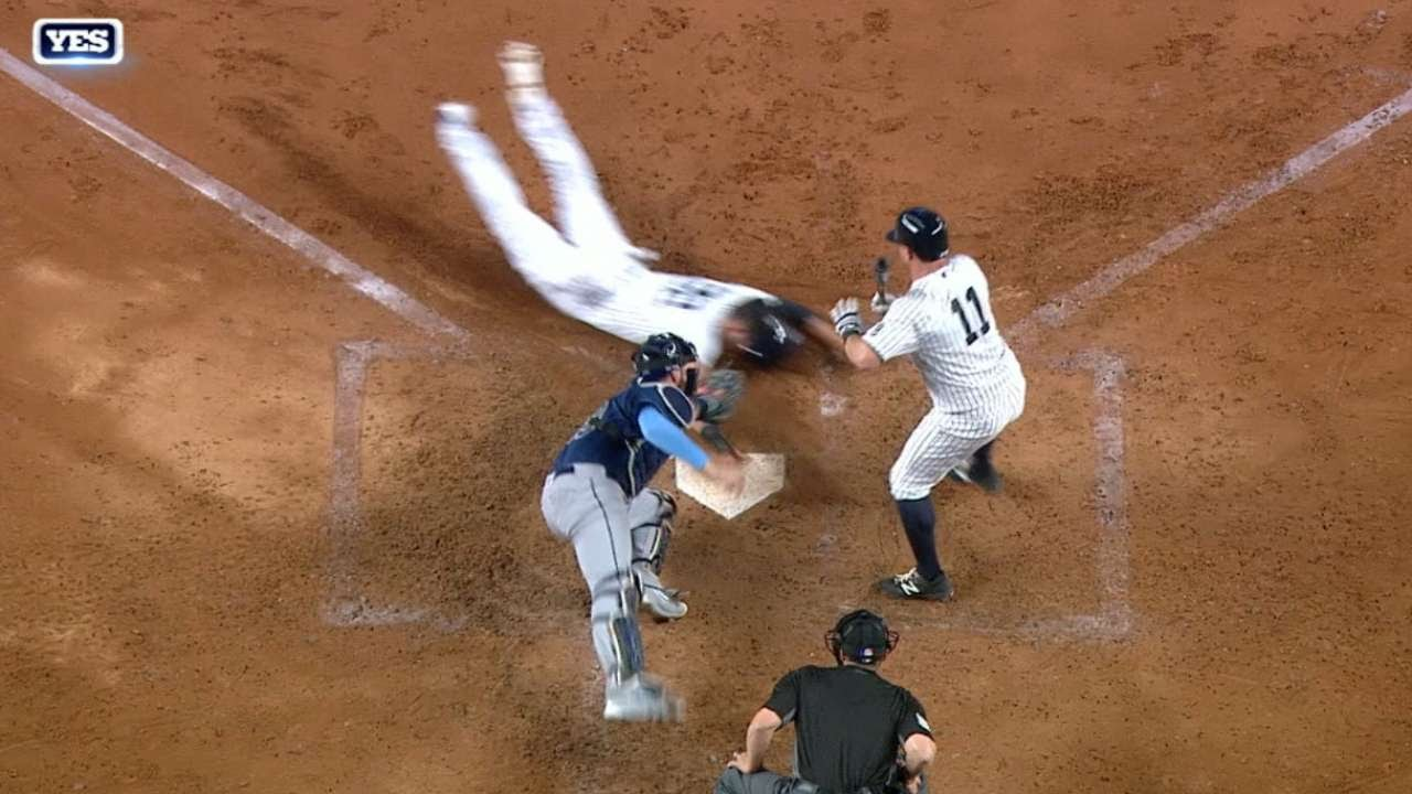 Jacoby Ellsbury sprints for the epic steal of home