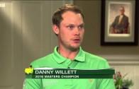 Jordan Spieth presents the Green Jacket to Danny Willett