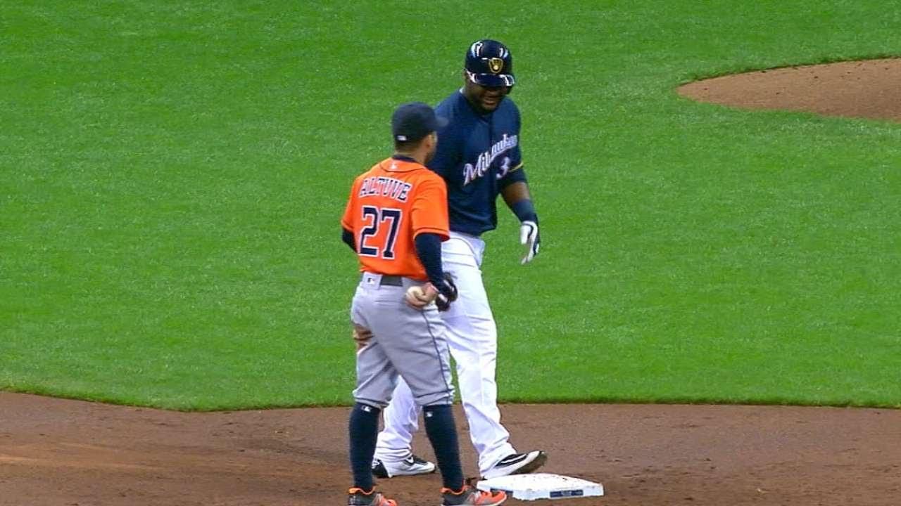Jose Altuve tries to play the old hidden ball trick on Chris Carter