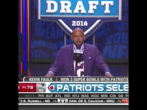 Kevin Faulk trolls the NFL in his Tom Brady jersey & pick selection