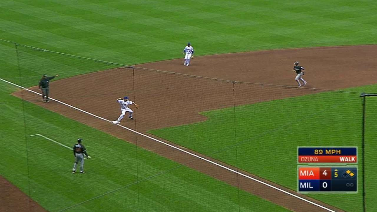 Milwaukee Brewers turn triple play on the Orioles