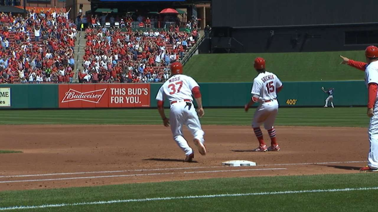 Randal Grichuk passes runner on base in home run trot but didn't get caught