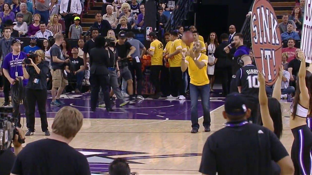 Sacramento fan hits half court shot to win a new car