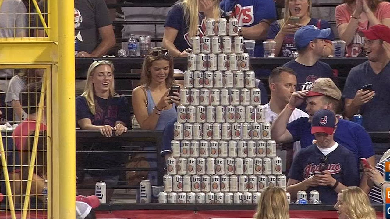 Cleveland Indians fans build beer pyramid during game