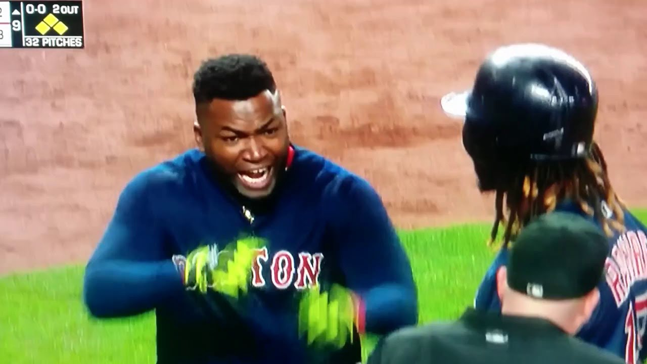 David Ortiz flips out on umpire after strikeout call