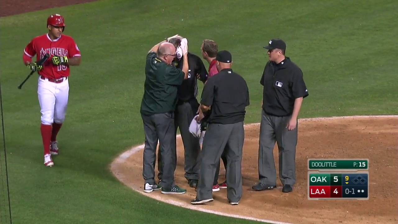 Brutal: MLB umpire gets sliced open by a swing