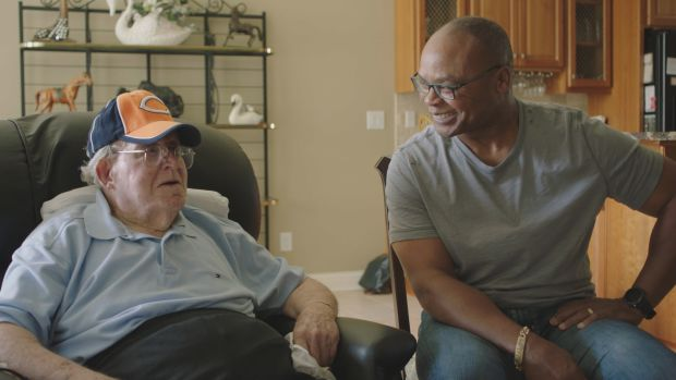 Mike Singletary speaks on his special relationship with Buddy Ryan (R.I.P.)