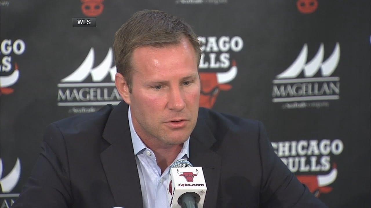 Bulls coach Fred Hoiberg calls Robin Lopez 'Brook'
