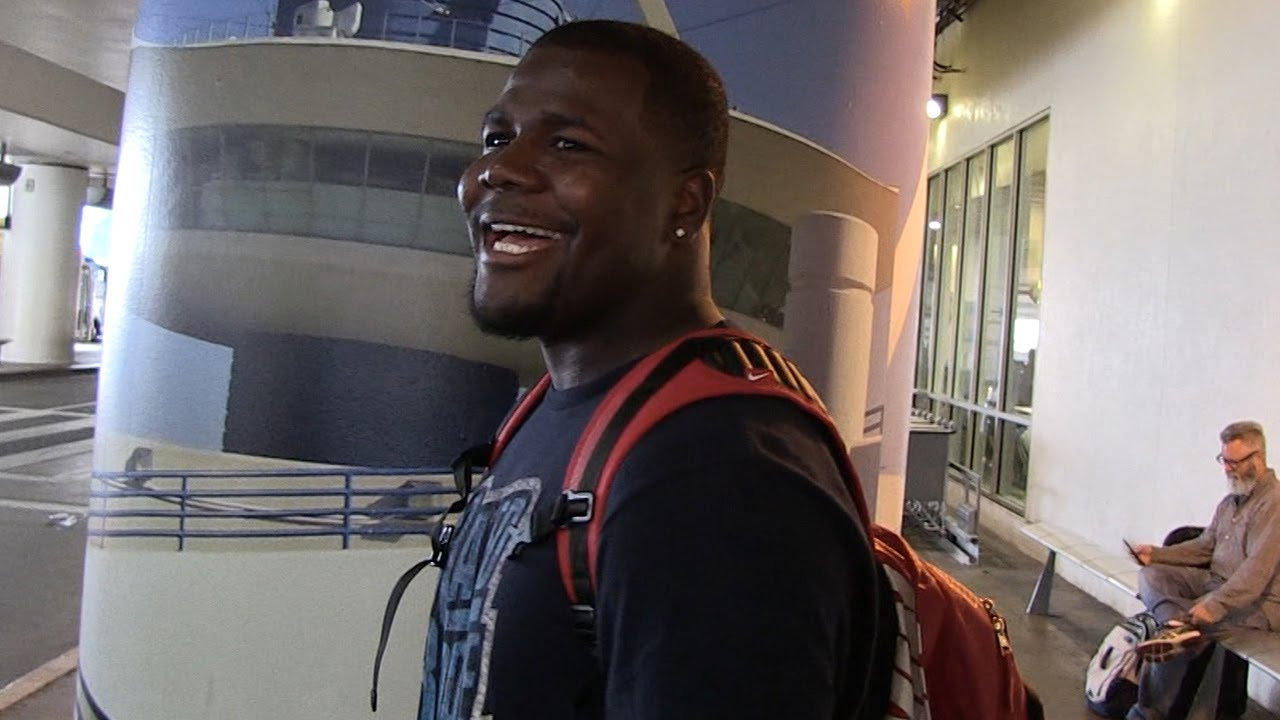 Cardale Jones won't fight Paige VanZant for the '12 Gauge' nickname