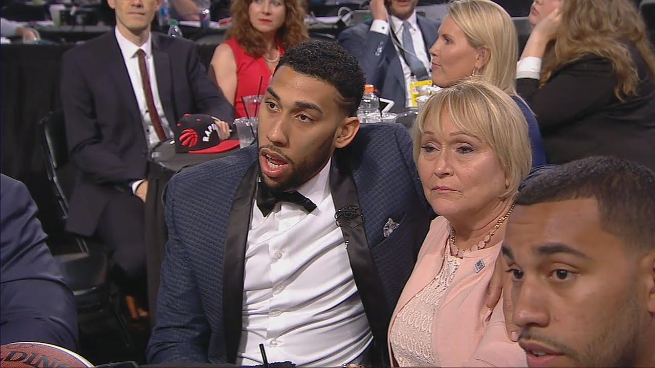 Denzel Valentine fist pumps when the Chicago Bulls draft him