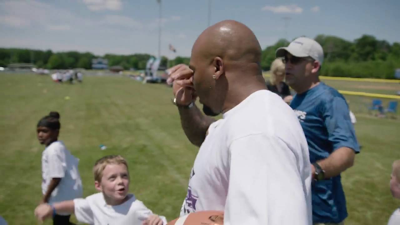 Hilarious: Young fan trolls Steve Smith by saying
