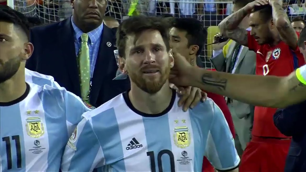 Lionel Messi emotional from heartbreaking loss in 2016 Copa America final
