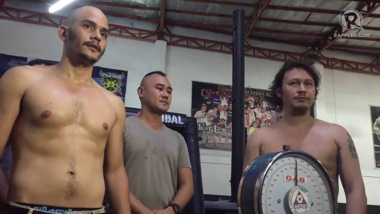 MMA fighter sprays urine at his opponent during weigh-in