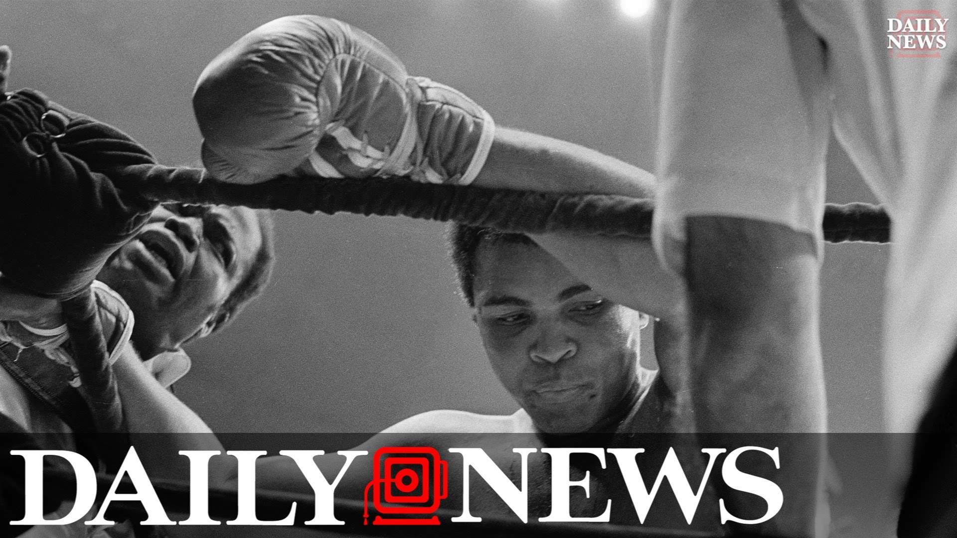 Muhammad Ali dies at age 74 in Scottsdale, Arizona