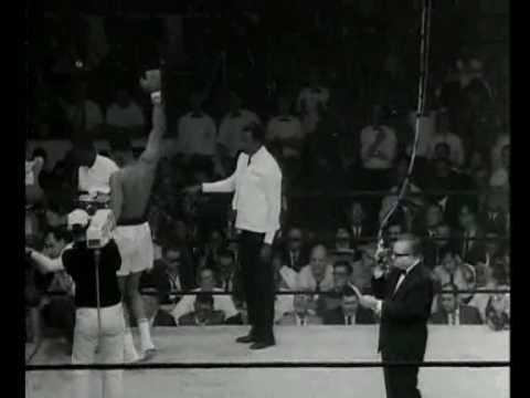 Muhammad Ali knocks out Sonny Liston in 1965