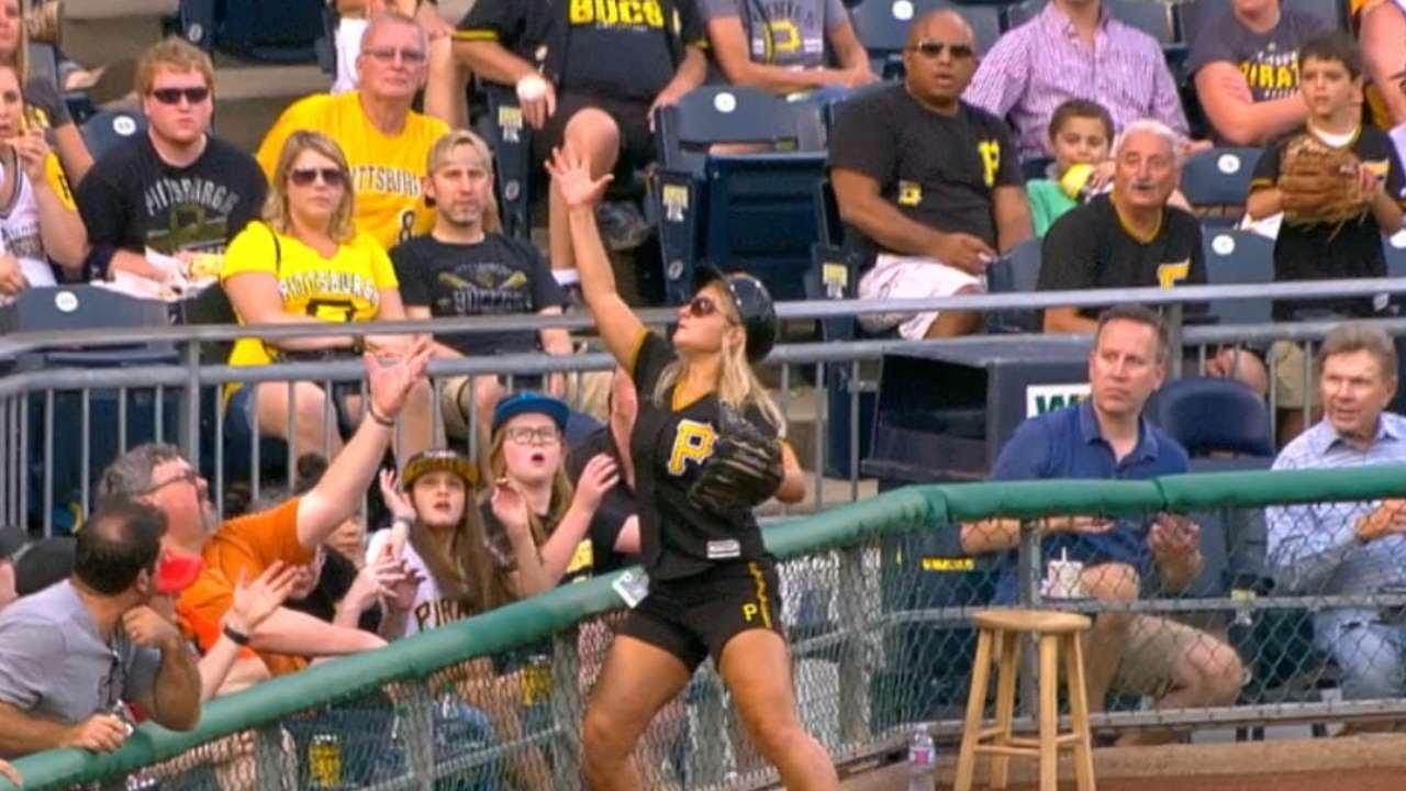 Pittsburgh Pirates Ballgirl makes a great barehanded snag