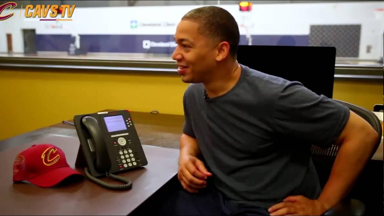 President Obama tells Tyronn Lue to tell JR Smith to