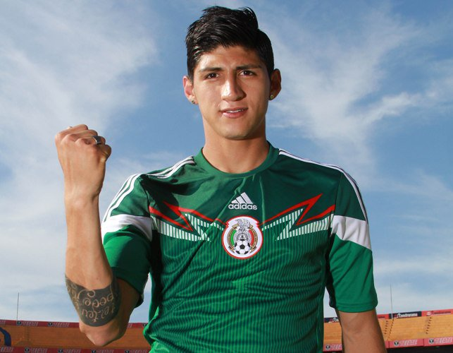Soccer player Alan Pulido rescued after being kidnapped in Mexico