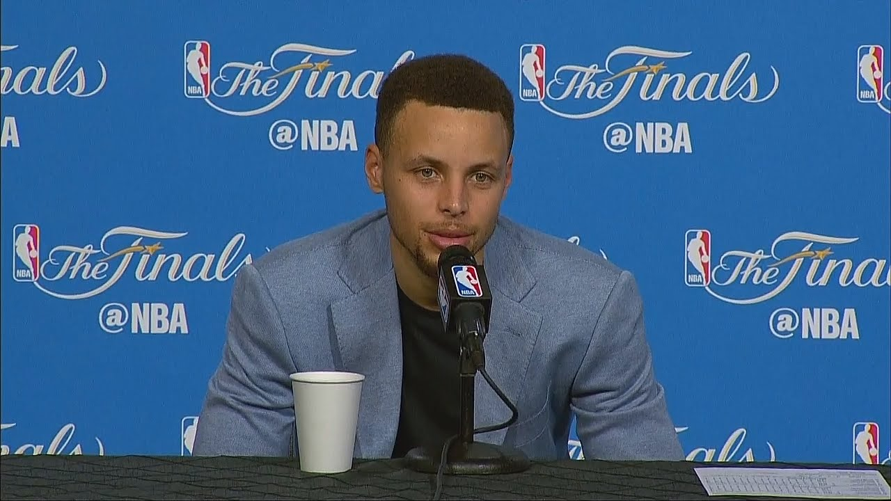 Steph Curry makes light of people clowning on his new shoes