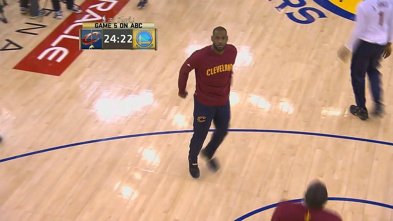 Warriors fans boo LeBron James in warm ups