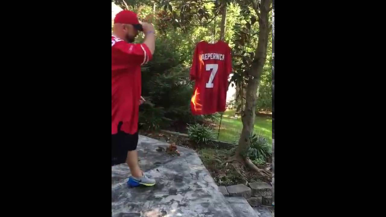 49ers fan burns Colin Kaepernick jersey to the National Anthem